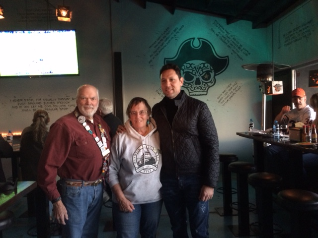 Mayor greets 100's of RVers