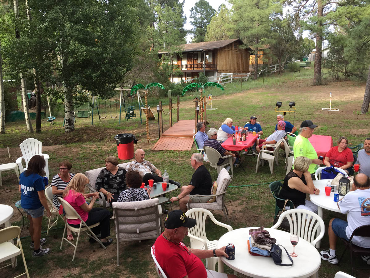 Annual Cholla in the Pines draws nearly 100 neighbors