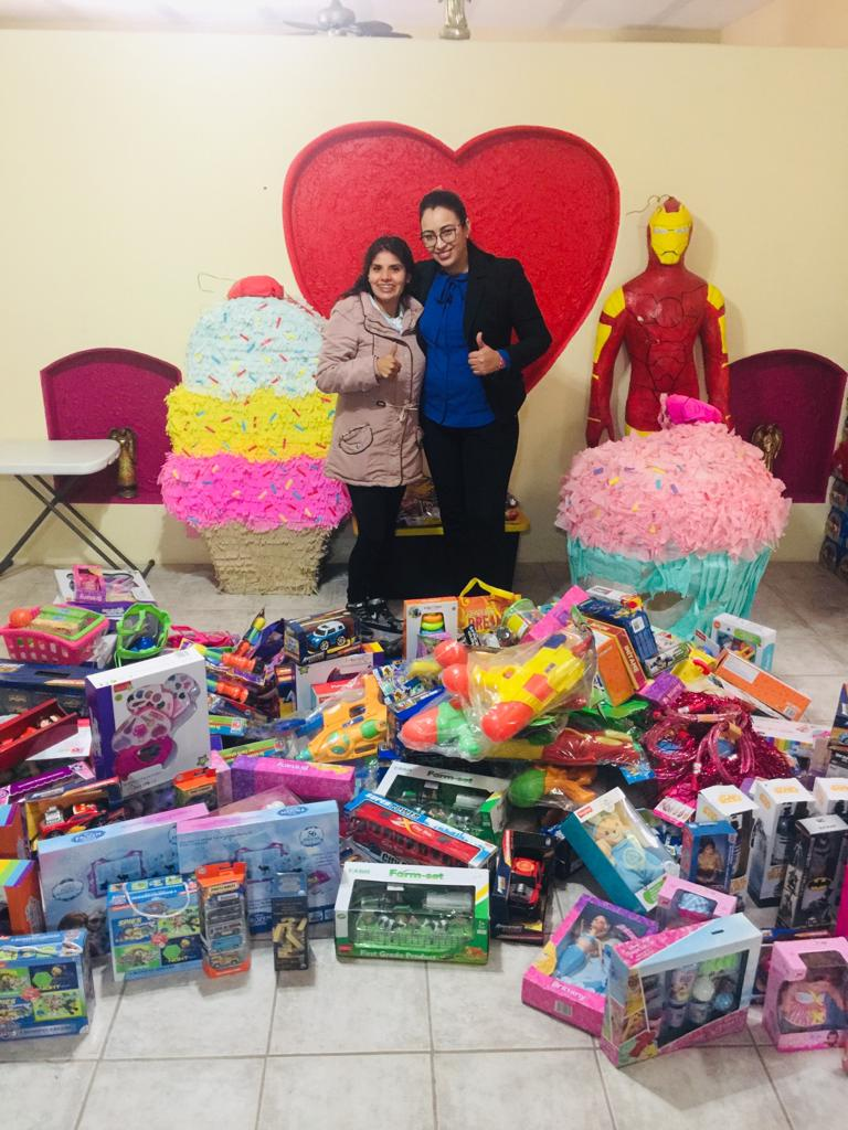 Casago Employees Collect Donations for Kids in Mexico