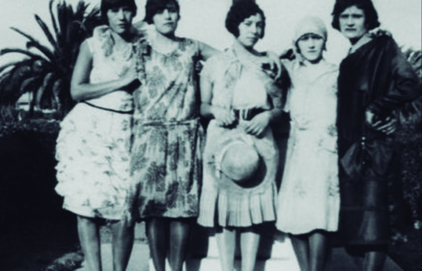 """The Roaring 20's Iconic Flappers (Or """"las pelonas"""")"""